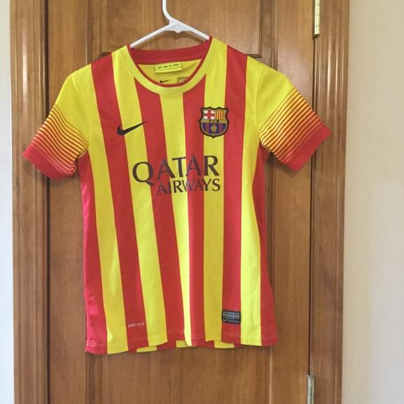 81b23e3407 Youth size medium Barcelona Messi Jersey. M_5b1ad5a2de6f6249d381080f